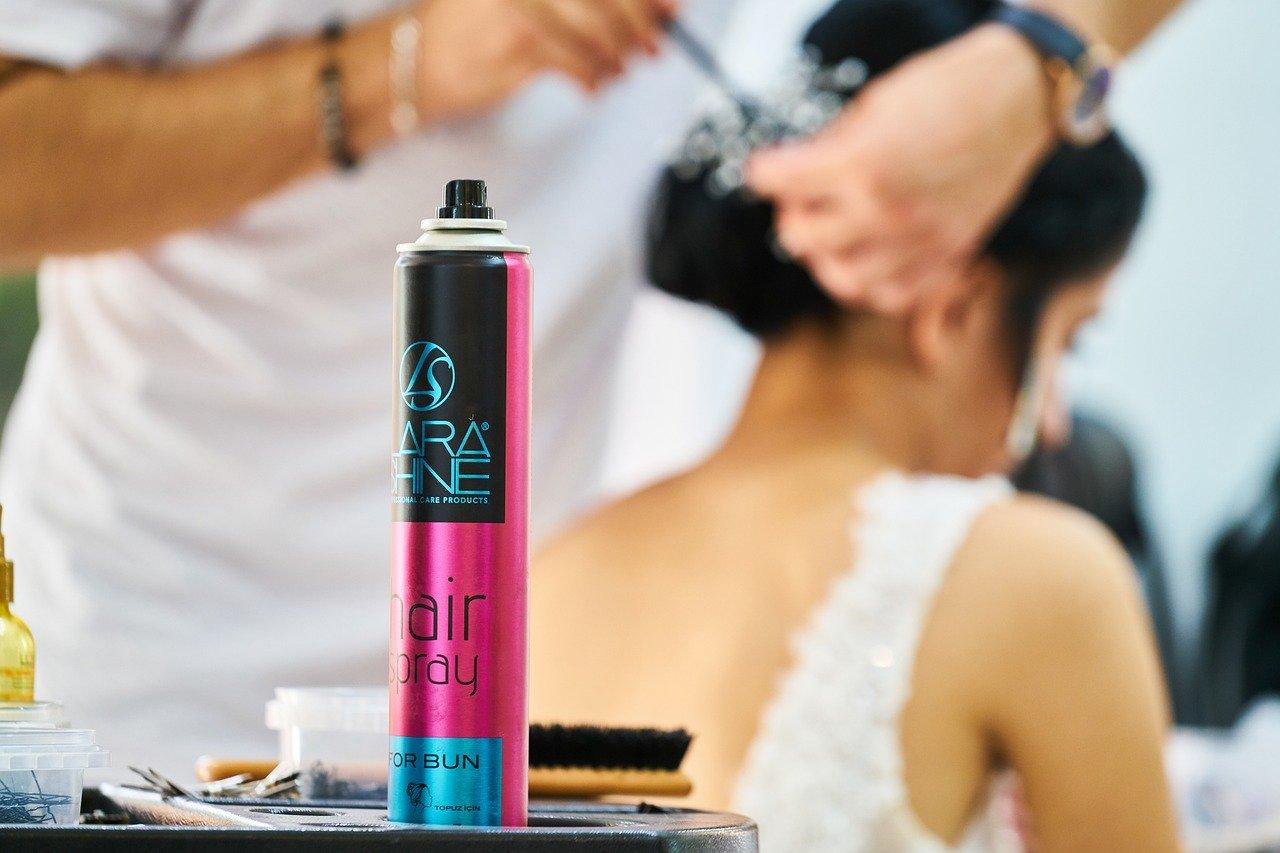 hair-4541800_1280-pixab